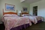 Crown City Inn Room