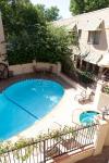 El Cordova Pool