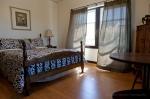 Village Inn-Room